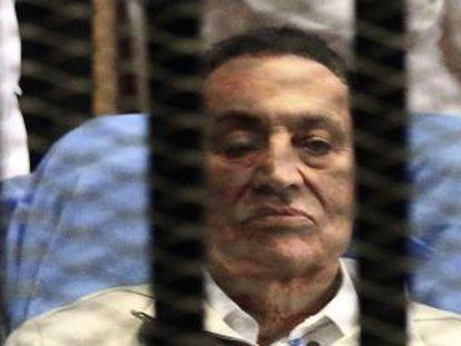 El expresidente egipcio Hosni Mubarak, detenido.