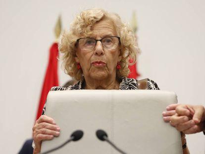 Carmena, durante un pleno municipal.