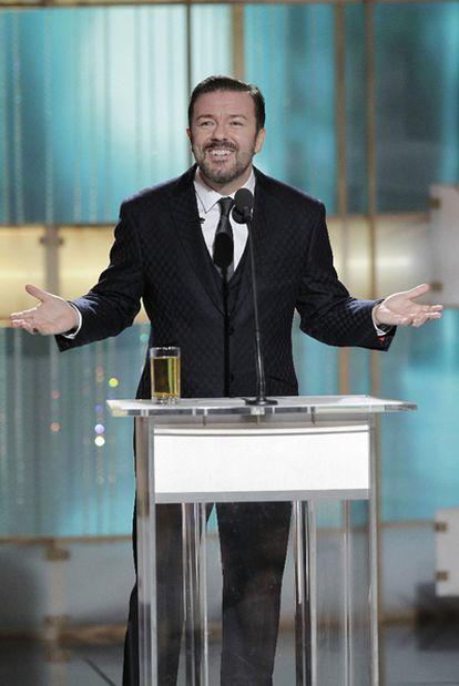 El cómico británico Ricky Gervais, durante la presentación de la gala de los Globos de Oro.