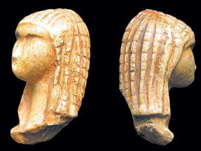 Reproducción de la pieza paleolítica conocida como la <i>Venus de la capucha,</i> hallada en Francia.