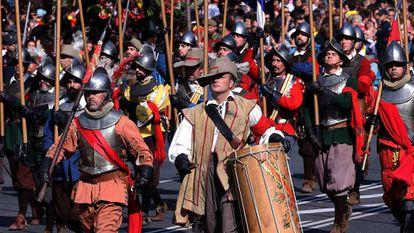 Recreación de los Tercios de Flandes, en el desfile de las Fuerzas Armadas de 2017 en Madrid.