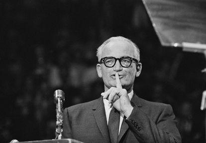Barry Goldwater, durante una charla en el Madison Square Garden de Nueva York, Estados Unidos, en 1964.