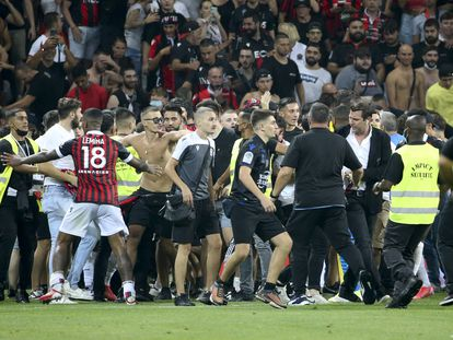 Incidentes con los ultras en el partido Niza-Olympique de Marsella.