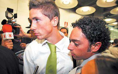 Fernando Torres tras llegar al aeropuerto de Barajas.