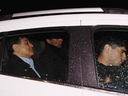 Agentes de la Policía Federal detienen al exsecretario Legal y Técnico de la Presidencia Carlos Zannini en la madrugada del 7 de diciembre de 2017, en Río Gallegos (Argentina).