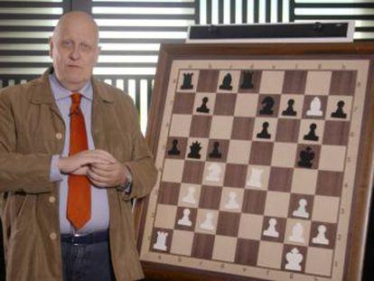 Además de su gran belleza, esta partida incluye un novedoso -en 1961- elemento en los ataques al rey