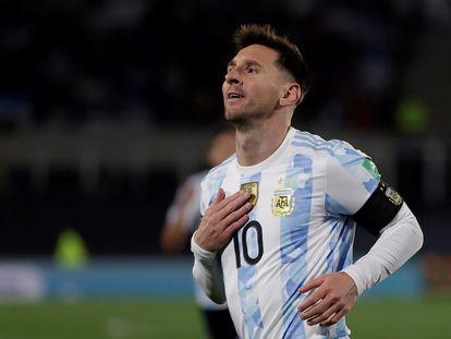 Lionel Messi celebra su gol contra Bolivia, este jueves en Buenos Aires.