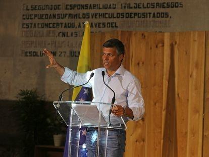 El opositor venezolano Leopoldo López ofrece una rueda de prensa este viernes en Madrid.