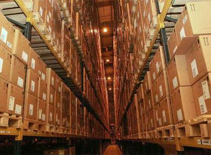 Almacén de cajas del antiviral Tamiflú en Reino Unido.