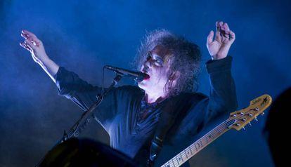 Robert Smith de The Cure, durante su actuación en 2012 en el Primavera Sound.