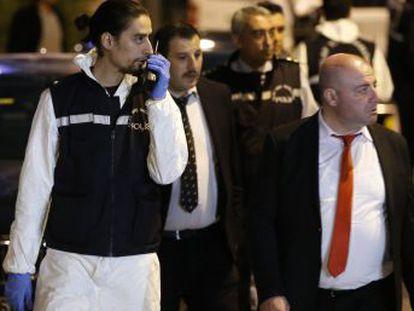 Los registros se extenderán a vehículos utilizados por agentes saudíes y a la residencia consular, adonde se cree que fue trasladado el cuerpo del periodista Khashoggi