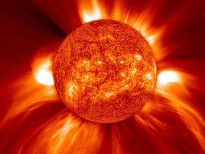 Eyección de la corona solar observada por el satélite 'Soho' en 2002.