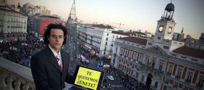 Olmo Gálvez en una azotea cercana a la Puerta del Sol.