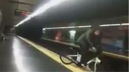 Una captura del vídeo en el momento de la caída.