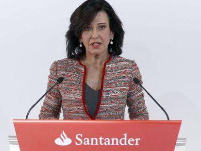 La presidenta del Santander, Ana Botin, durante la presentacion de resultados de 2014, la primera tras ser nombrada presidenta de la entidad. LUIS SEVILLANO