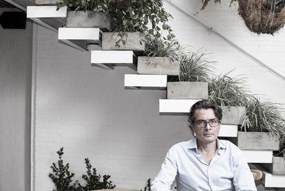 Alejandro Gaviria el pasado junio en un café de Bogotá.