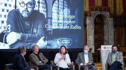 Homenaje este jueves a Carlos Ruiz Zafón.