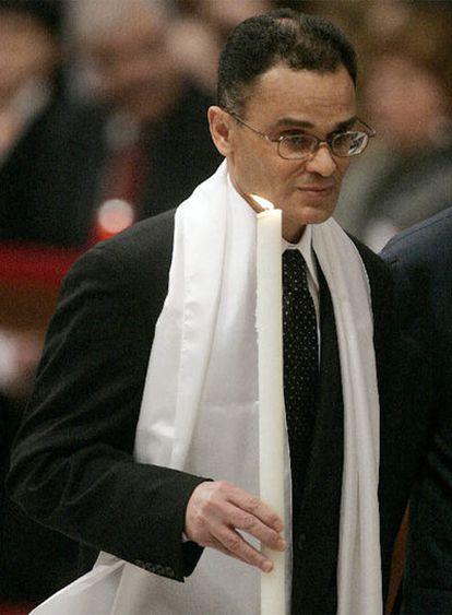 Magdi Allam, durante la ceremonia de su bautismo.