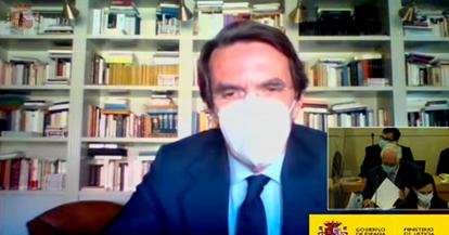 Aznar declara como testigos en el juicio por la caja B del PP.