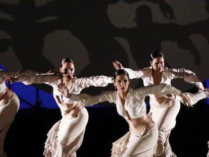 El Ballet Nacional de España, en una actuación en Pamplona el 26 de febrero.