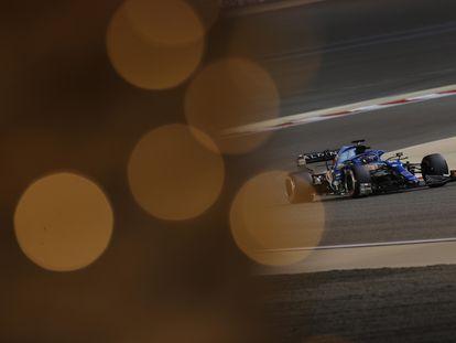 Fernando Alonso, del equipo Alpine F1, durante la sesión de clasificación del Gran Premio de Bahréin 2021.
