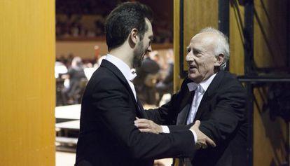 Maurizio Pollini, derecha, con su hijo Daniele en A Coruña.