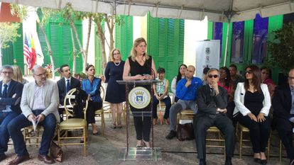 La directora de Cultura del Instituto Cervantes, Beatriz Hernanz, presenta las exposiciones del VII Congreso Internacional de la Lengua Española, en San Juan de Puerto Rico, el pasado día 10.