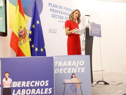 La ministra de Trabajo, Yolanda Díaz durante la presentación en octubre del Plan de Formación Profesional en el sector turístico en la Escuela de Organización Industrial (EOI) en Madrid.