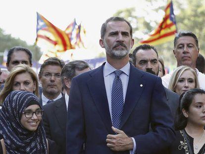 El Rey, en la cabecera de la manifestación contra los atentados yihadistas en Cataluña en 2017.