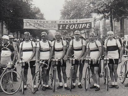 El equipo de Holanda, poco antes de la salida del Tour de 1947.