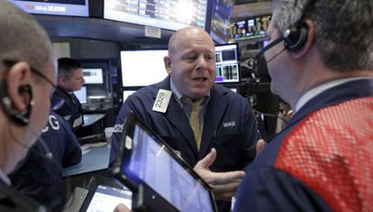 Un grupo de 'traders' en Wall Street.