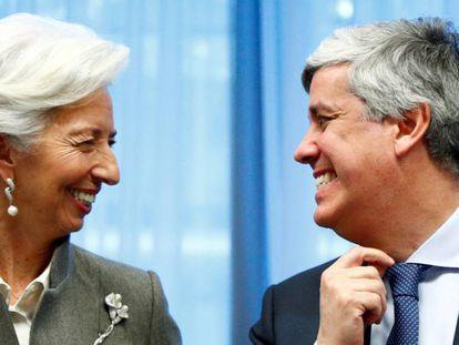 La presidenta del BCE, Christine Lagarde, junto al jefe del Eurogrupo, Mário Centeno, en una cumbre en Bruselas el pasado febrero.