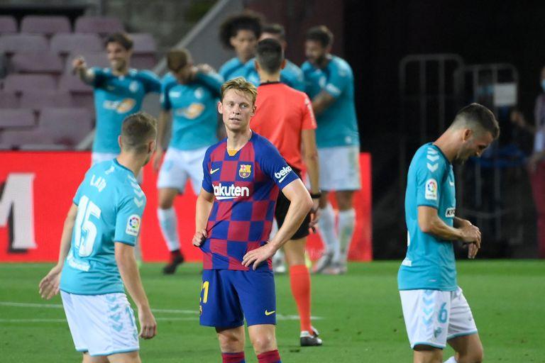 De Jong, después del segundo gol de Osasuna en el Camp Nou.
