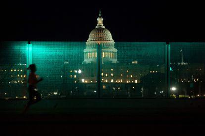 Imagen del Capitolio, este miércoles por la noche, en Washington.
