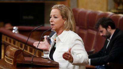 Ana Oramas durante un pleno del Congreso. En vídeo, Oramas admite que ha perdido el orgullo por ser diputada.