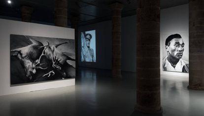 La exposición 'Qué en sap, la història', de Francesc Torres, en La Panera.
