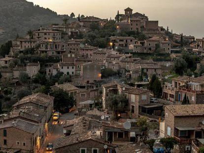Vista general de la localidad mallorquina de Deià.