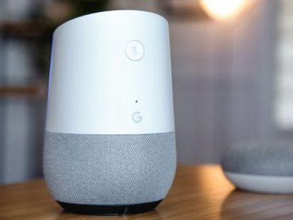 Trabajadores de Amazon, Google y Apple analizan grabaciones almacenadas para mejorar el sistema, aseguran la compañías, pero los expertos advierten del peligro para la intimidad que esto conlleva