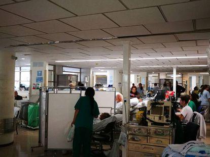 Urgencias del Hospital Gregorio Marañón durante la mañana del 5 de abril.