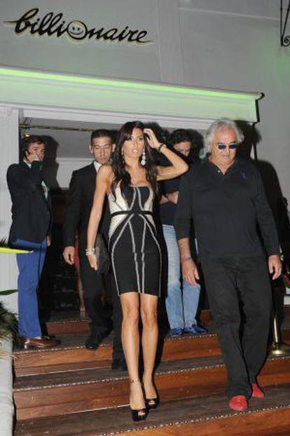 Flavio Briatore y su mujer, Isabella Gregoraci, en la nueva sede marbellí de su local, el Billionaire.