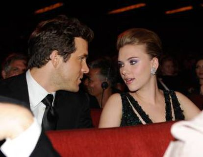 Scarlett Johansson y Reynolds estuvieron casados de 2008 a 2011. La actriz dejó caer que el fracaso profesional en el que Ryan estaba sumido por aquella época acabó con su relación.