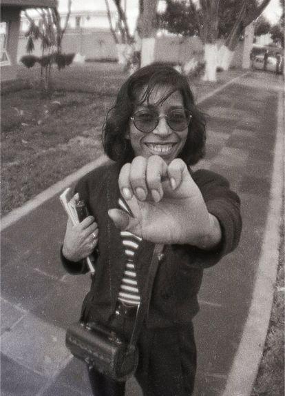 Regina Martínez en una fotografía de archivo durante sus días como periodista en las calles de Xalapa, Veracruz.