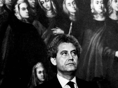 Toma de posesión de Rafael Escuredo, primer presidente de la Junta de Andalucía, el 4 de agosto de 1982.