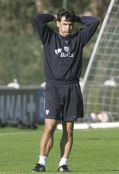Mendilibar, el entrenador del Athletic, durante un entrenamiento.