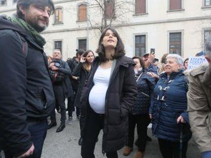La Fiscalía pide 23 meses de cárcel y una multa de 5.250 euros para la portavoz de Unidas Podemos en la Asamblea de Madrid por desórdenes durante un desahucio