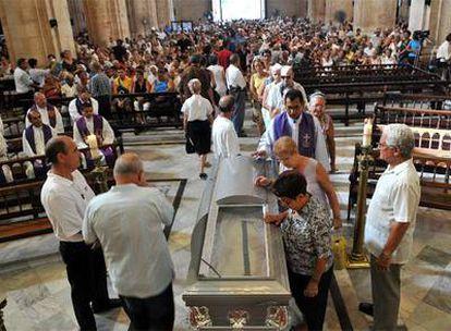 Funeral por el sacerdote Mariano Arroyo, celebrado el viernes en la catedral de La Habana.