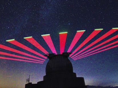 La estación terrestre de Xianglong (China) recibiendo información cuántica de un satélite.