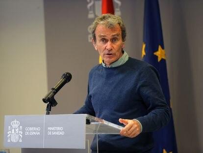 Fernando Simón, director del Centro de Alertas y Emergencias Sanitarias, este lunes durante la rueda de prensa en el Ministerio de Sanidad, en Madrid.