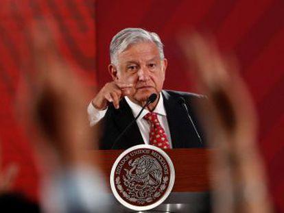 El presidente mexicano envía a su canciller a Washington ante las amenazas del estadounidense de imponer aranceles generales de hasta el 25%