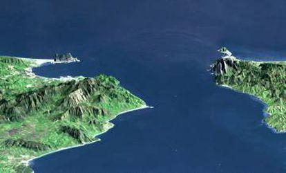 Imagen 3D del Estrecho de Gibraltar vista desde el Atlántico con España a la izquierda y Marruecos a la derecha.